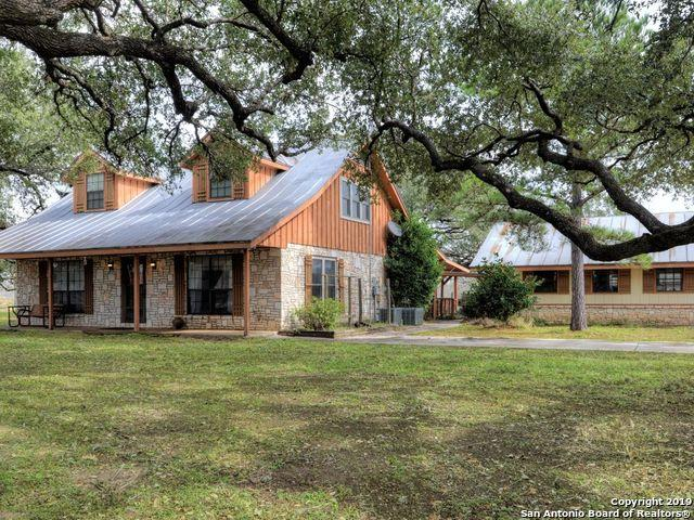 2452 2ND ST, Pleasanton, TX 78064 (MLS #1361354) :: Exquisite Properties, LLC