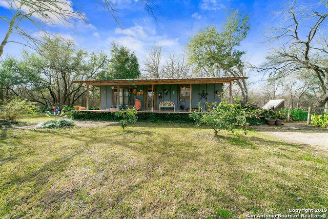 1751 River Trail, Seguin, TX 78155 (MLS #1361396) :: Alexis Weigand Real Estate Group