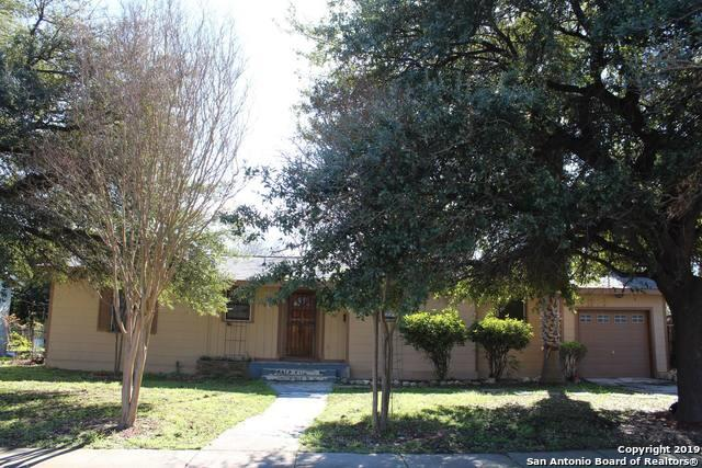 242 Babcock Rd, San Antonio, TX 78201 (MLS #1361561) :: The Mullen Group | RE/MAX Access