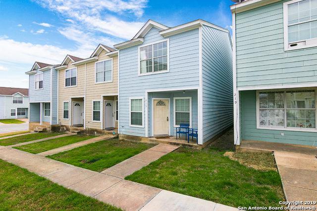 215 Autumn Pass, San Antonio, TX 78245 (MLS #1361676) :: Alexis Weigand Real Estate Group