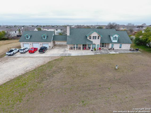 246 Springtree Blf, Cibolo, TX 78108 (MLS #1361680) :: Alexis Weigand Real Estate Group