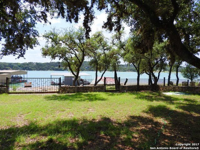 912 NW Pebble Beach Dr, Lakehills, TX 78063 (MLS #1361763) :: The Mullen Group | RE/MAX Access