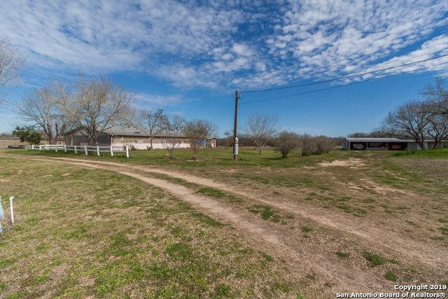 5185 Smith Rd, Von Ormy, TX 78073 (MLS #1361827) :: Vivid Realty