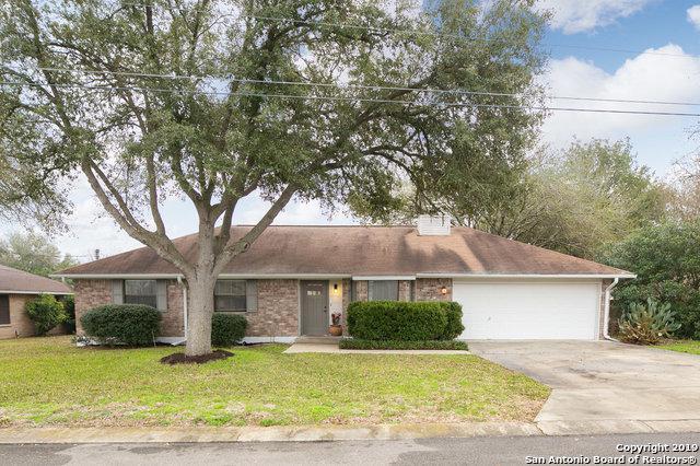 1521 Heather Ln, New Braunfels, TX 78130 (MLS #1362420) :: ForSaleSanAntonioHomes.com