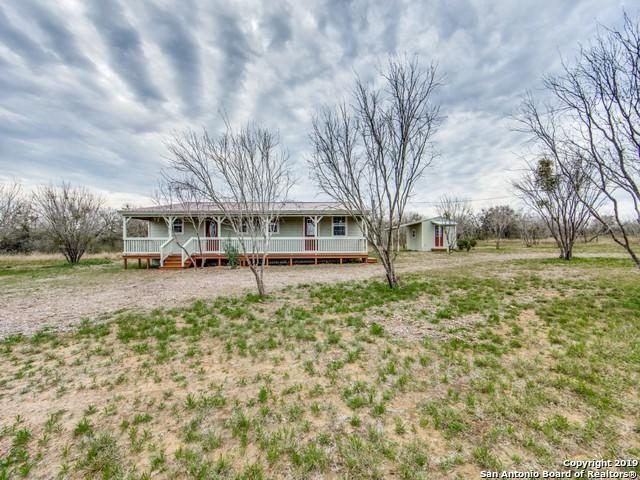 270 S Ridge Dr, Lytle, TX 78052 (MLS #1363587) :: Vivid Realty