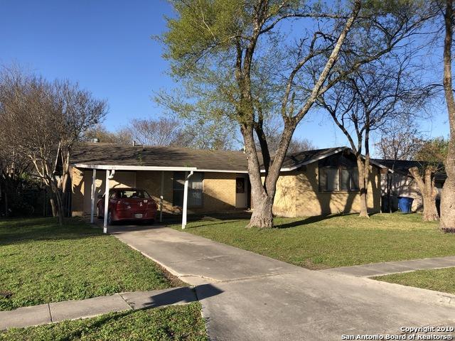 5905 Castle Hunt, San Antonio, TX 78218 (MLS #1363606) :: Alexis Weigand Real Estate Group