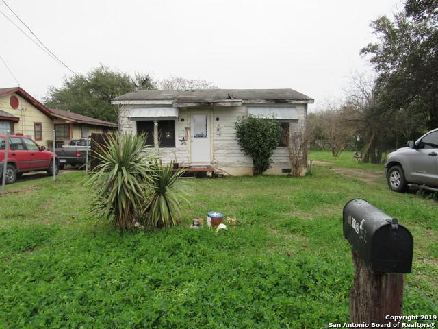 1105 1/2 Avenue S, Hondo, TX 78861 (MLS #1363621) :: Exquisite Properties, LLC