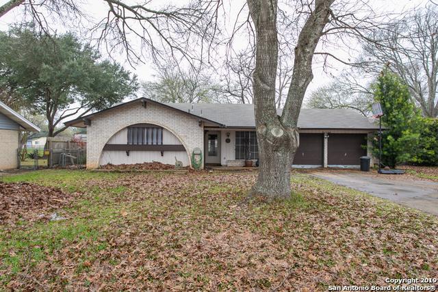 108 Cloverleaf Dr, Schertz, TX 78154 (MLS #1363766) :: Alexis Weigand Real Estate Group