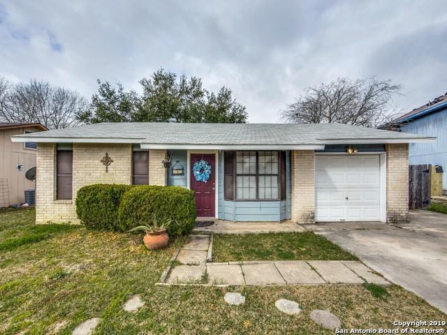 305 Vivian Dr, Converse, TX 78109 (MLS #1363922) :: Alexis Weigand Real Estate Group