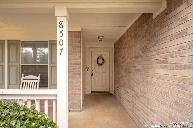8507 Crinum Lily Dr, Converse, TX 78109 (MLS #1363999) :: Alexis Weigand Real Estate Group