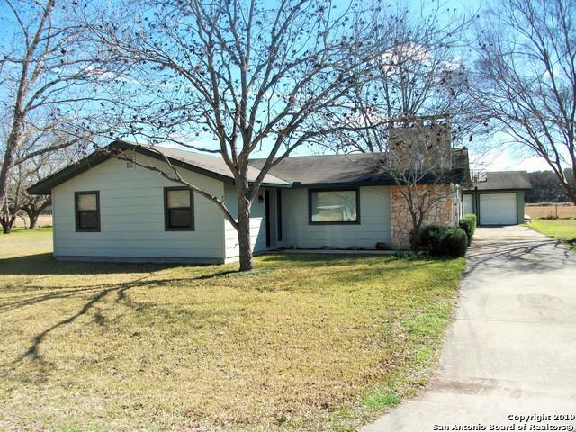 721 Pecan St, Canyon Lake, TX 78133 (MLS #1364052) :: Alexis Weigand Real Estate Group