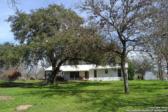 11190 Jarratt Rd, Atascosa, TX 78002 (MLS #1364124) :: ForSaleSanAntonioHomes.com