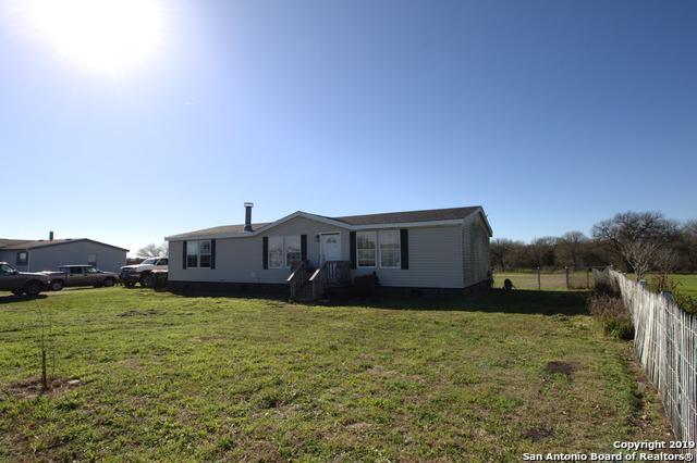 133 Davie Ln, Marion, TX 78124 (MLS #1364165) :: The Gradiz Group