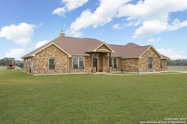 109 Chrysa Dr, Floresville, TX 78114 (MLS #1364299) :: Exquisite Properties, LLC