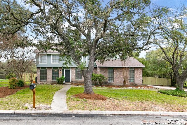 1814 Highland Mist Ln, San Antonio, TX 78251 (MLS #1364401) :: Alexis Weigand Real Estate Group