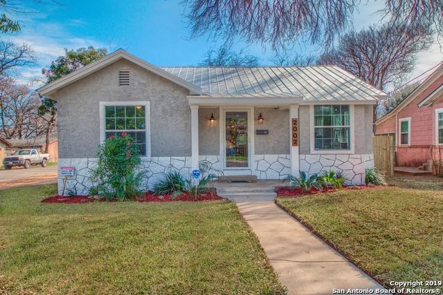 2002 Pasadena, San Antonio, TX 78201 (MLS #1364459) :: Tom White Group