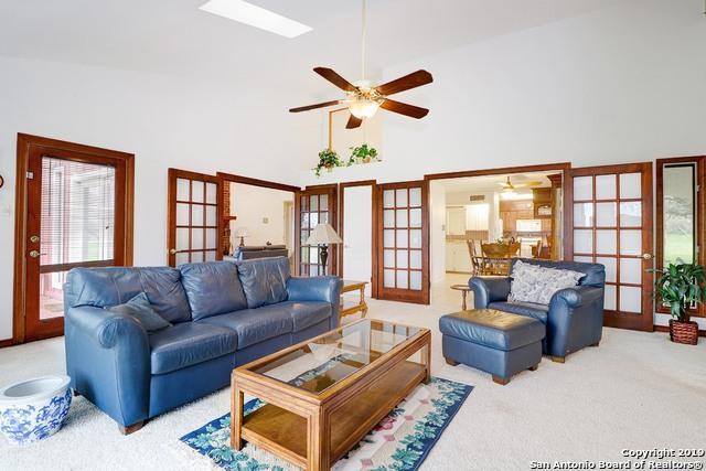 1121 W Highway 97, Jourdanton, TX 78026 (MLS #1364468) :: Alexis Weigand Real Estate Group