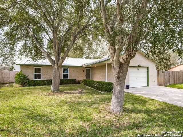 1710 Brambleberry Dr, Three Rivers, TX 78071 (MLS #1364669) :: Alexis Weigand Real Estate Group