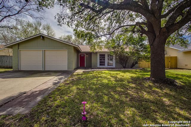 7126 Spring Leaf St, San Antonio, TX 78249 (MLS #1364872) :: Alexis Weigand Real Estate Group