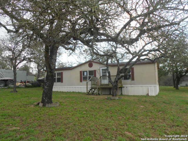 22943 Hickory Shadow, Elmendorf, TX 78112 (MLS #1364905) :: Erin Caraway Group