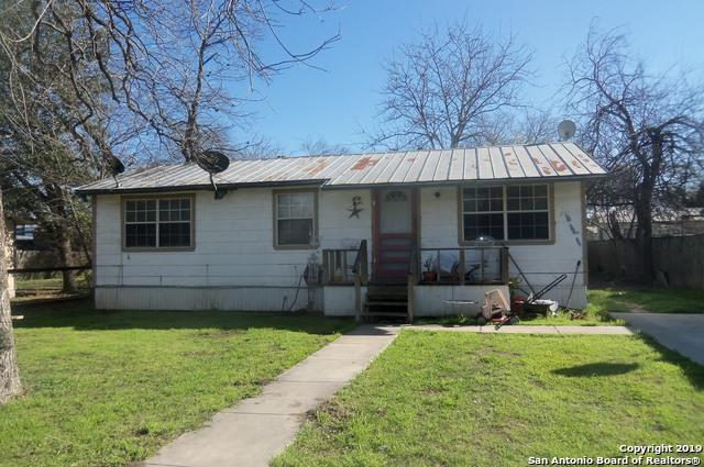 1304 & 1305 22nd Street, Hondo, TX 78861 (MLS #1364907) :: NewHomePrograms.com LLC