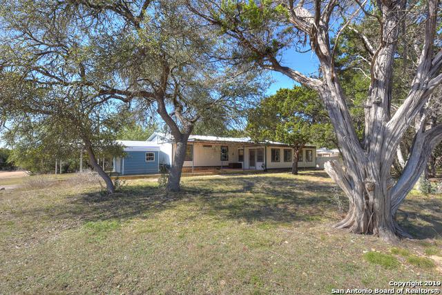 217 Ridge Trail, Bandera, TX 78003 (MLS #1364927) :: Vivid Realty