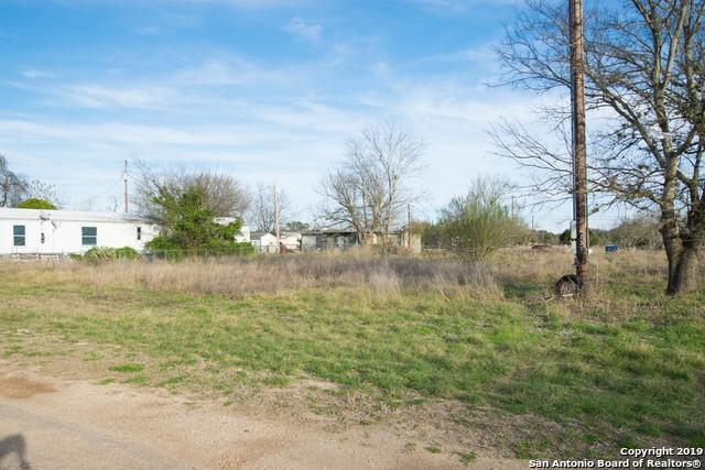 230 Broken Spur Dr, Bandera, TX 78003 (MLS #1365050) :: Alexis Weigand Real Estate Group