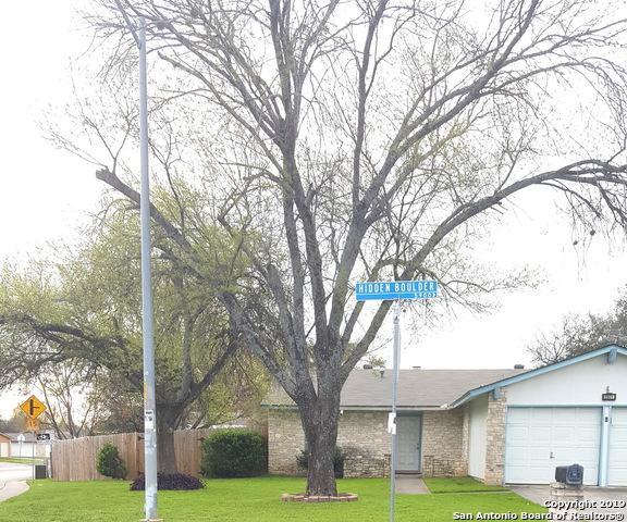 5901 Hidden Boulder St, San Antonio, TX 78250 (MLS #1365072) :: The Gradiz Group