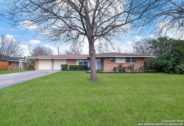 5517 Crosswind Dr, Windcrest, TX 78239 (MLS #1365075) :: Alexis Weigand Real Estate Group