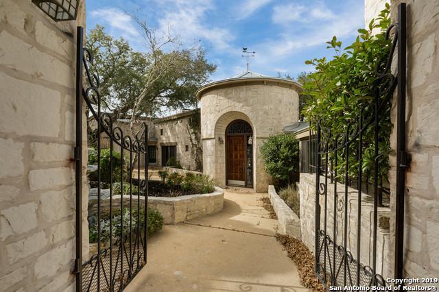 22 Indian Creek Loop, Kerrville, TX 78028 (MLS #1365104) :: Alexis Weigand Real Estate Group