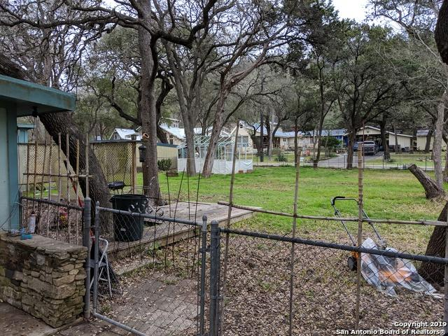 19514 Scenic Loop Rd, Helotes, TX 78023 (MLS #1365130) :: The Mullen Group | RE/MAX Access