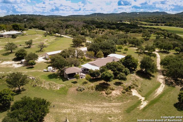 38 Poehnert Rd, Boerne, TX 78006 (MLS #1365198) :: Alexis Weigand Real Estate Group
