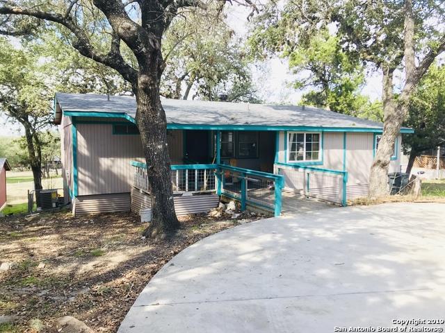 713 Shadyview Dr, Canyon Lake, TX 78133 (MLS #1365202) :: Neal & Neal Team