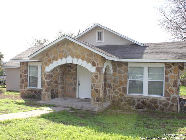 574 Avondale Ave, San Antonio, TX 78223 (MLS #1365257) :: ForSaleSanAntonioHomes.com