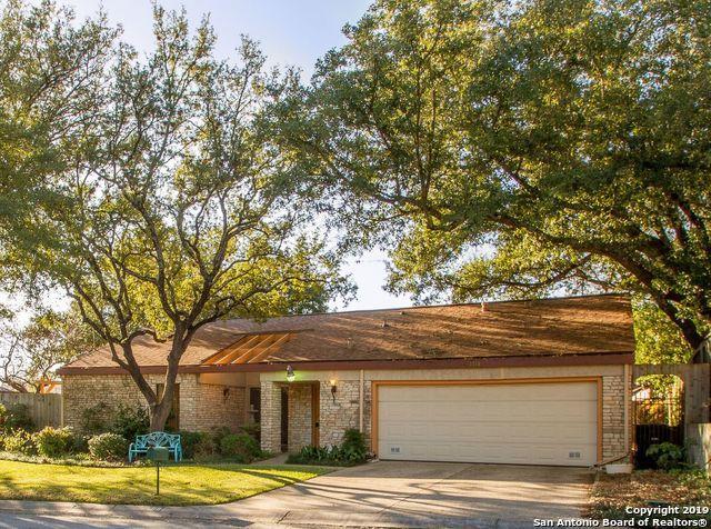 1718 Summer Park Ln, San Antonio, TX 78213 (MLS #1365277) :: Alexis Weigand Real Estate Group