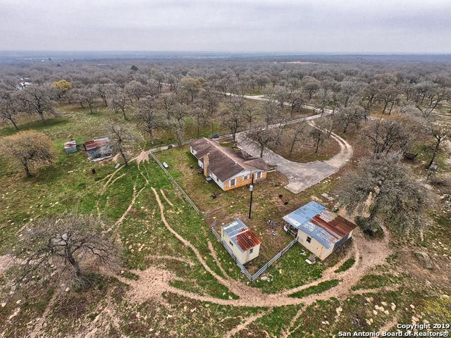 170 Black Jack Rd, La Vernia, TX 78121 (MLS #1365329) :: River City Group