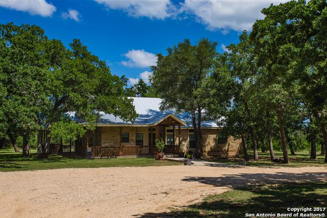 6818 State Highway 173 N, Bandera, TX 78003 (MLS #1365335) :: Neal & Neal Team