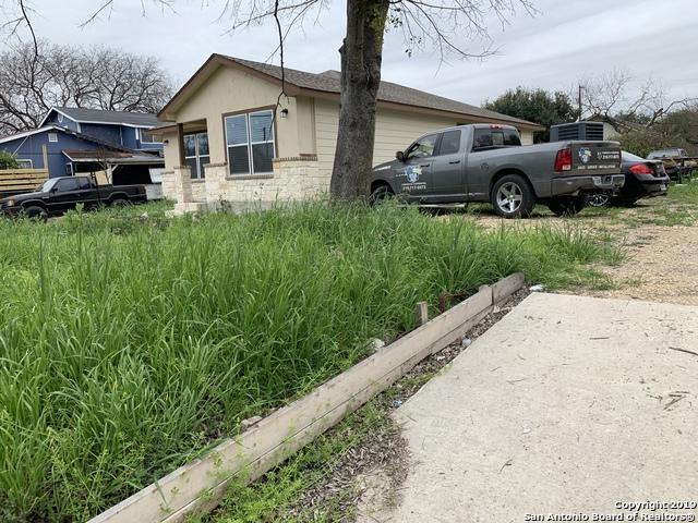 55 Carlota Ave, San Antonio, TX 78228 (MLS #1365661) :: Alexis Weigand Real Estate Group