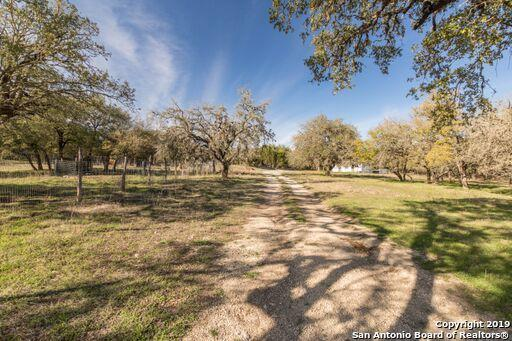 367 Diamond J Rd N, Pipe Creek, TX 78063 (MLS #1365710) :: NewHomePrograms.com LLC