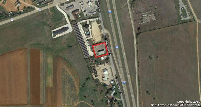 17450 S IH 35 Access, Dilley, TX 78017 (MLS #1365783) :: Vivid Realty