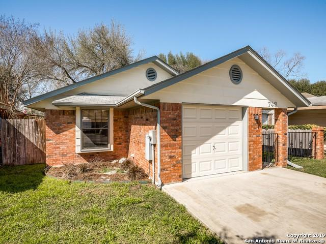 746 Briarbend Dr, New Braunfels, TX 78130 (MLS #1365997) :: River City Group
