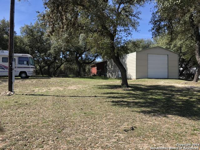 973 Lakeshore Dr N, Bandera, TX 78003 (MLS #1366082) :: Exquisite Properties, LLC