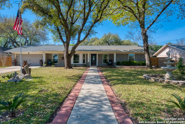 215 Northcrest Dr, Castle Hills, TX 78213 (MLS #1366432) :: NewHomePrograms.com LLC