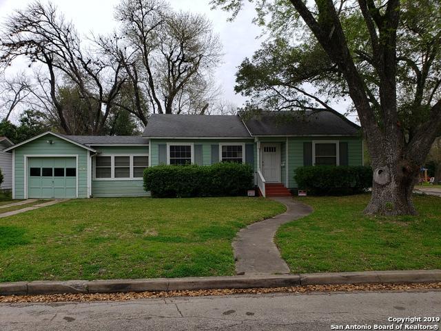 1026 E Humphreys, Seguin, TX 78155 (MLS #1366434) :: Alexis Weigand Real Estate Group