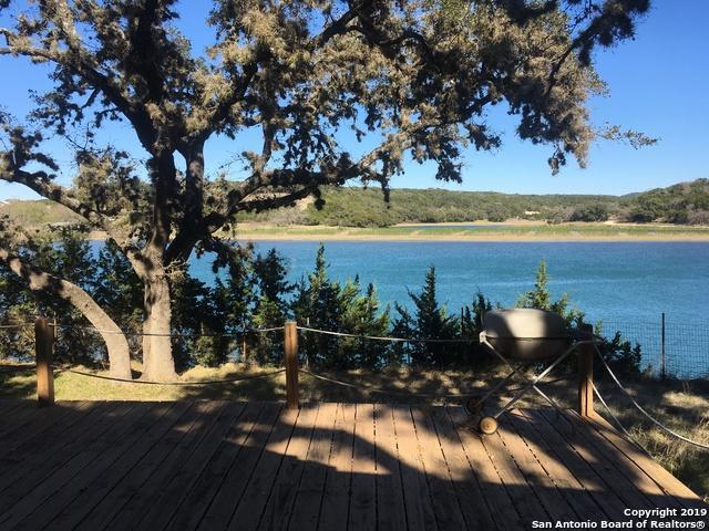 178 Lakeshore Dr N, Bandera, TX 78003 (MLS #1366745) :: Exquisite Properties, LLC