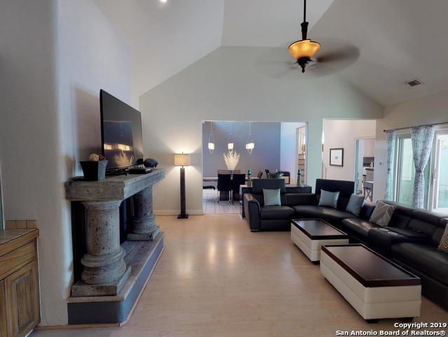 615 S Birdsong, San Antonio, TX 78258 (MLS #1366885) :: Alexis Weigand Real Estate Group
