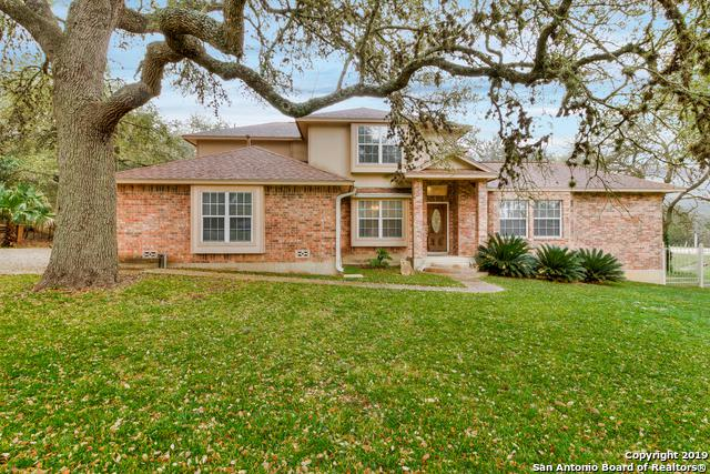 9525 Gloxinia Dr, Garden Ridge, TX 78266 (MLS #1366933) :: Tom White Group