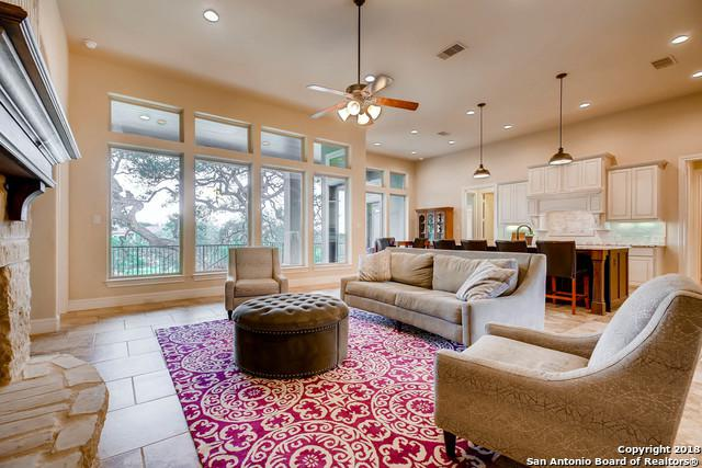 633 Haven Pt, New Braunfels, TX 78132 (MLS #1367125) :: Alexis Weigand Real Estate Group