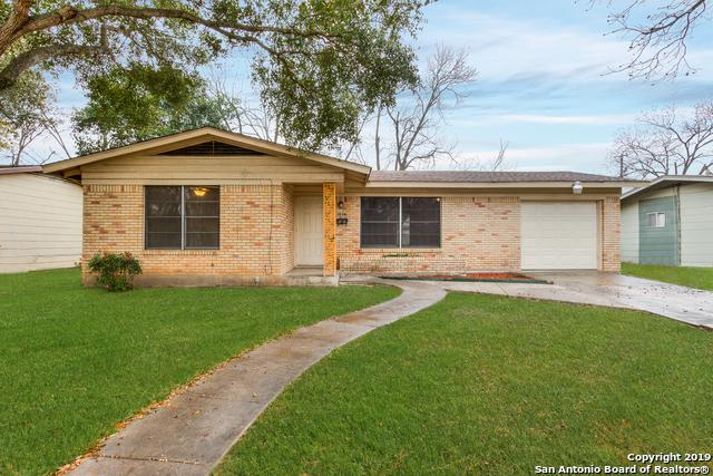 1927 Dellcrest Dr, San Antonio, TX 78220 (MLS #1367131) :: Alexis Weigand Real Estate Group