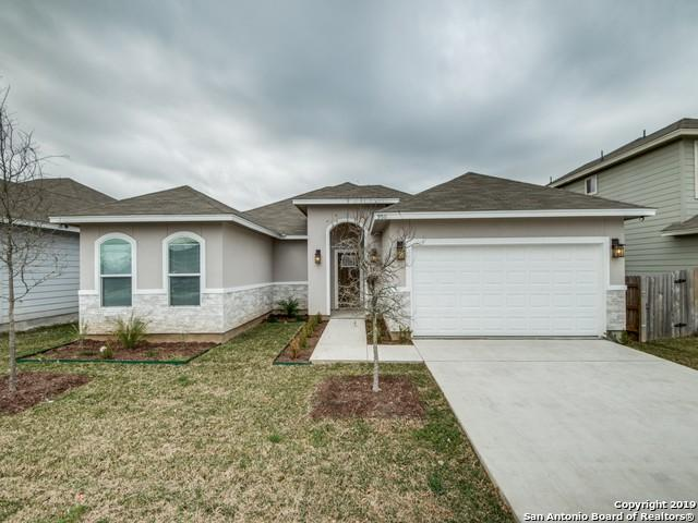 9511 Butterfly Bend, San Antonio, TX 78224 (MLS #1367193) :: Alexis Weigand Real Estate Group